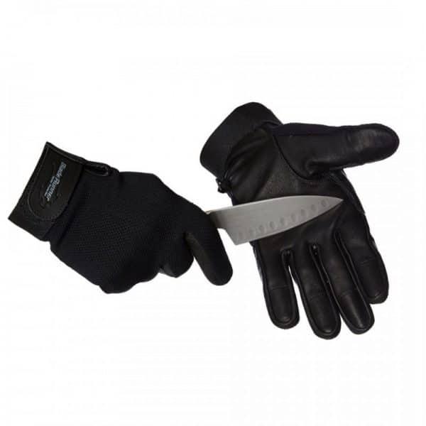Bladerunner_Two_Hands_Knife_Photo