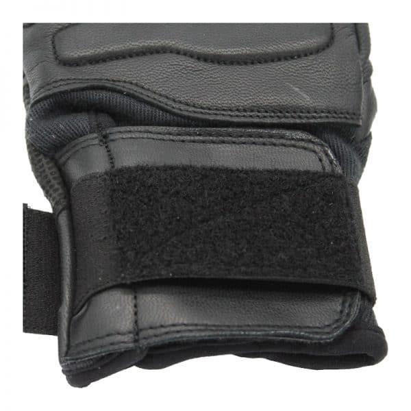 Bladerunner_Coyote_Slash_Resistant_Glove_Velcro_Strap_Photo
