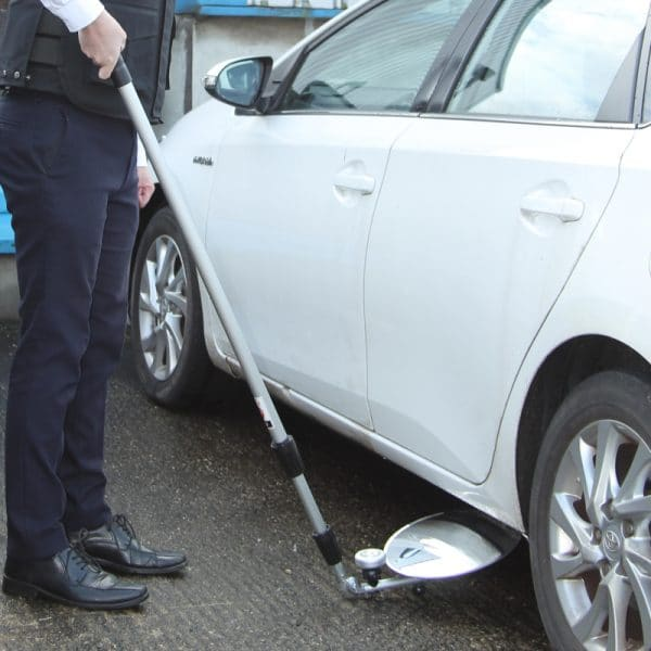 SGM09 3-Metre Over and Under Vehicle Search Mirror with Light Source